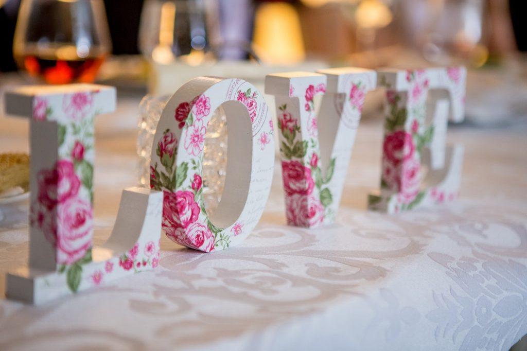 Décoration de table de mariés